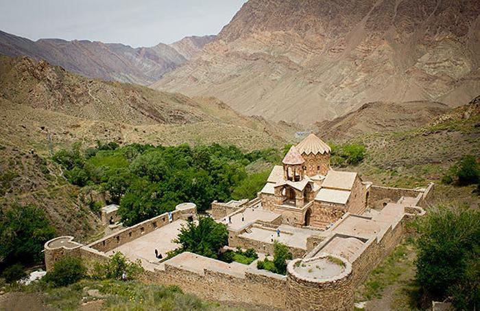 کلیسای-سنت-استپانوس-جلفا-آذربایجان-شرقی-عکس-2