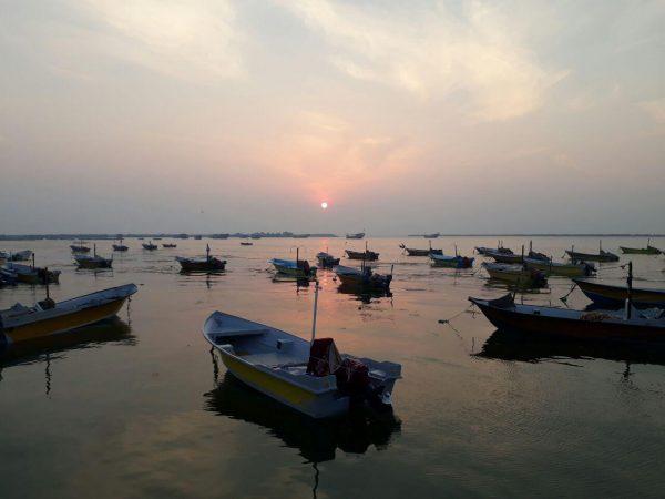 ُسفری هیجان انگیز به سواحل خلیج فارس ( ابوموسی و بندر کُنگ)