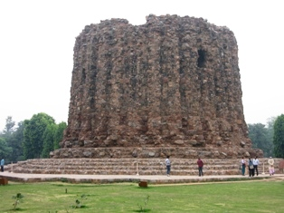 qutb minar4