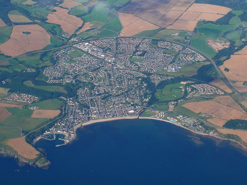 800px-Stonehaven-aerial