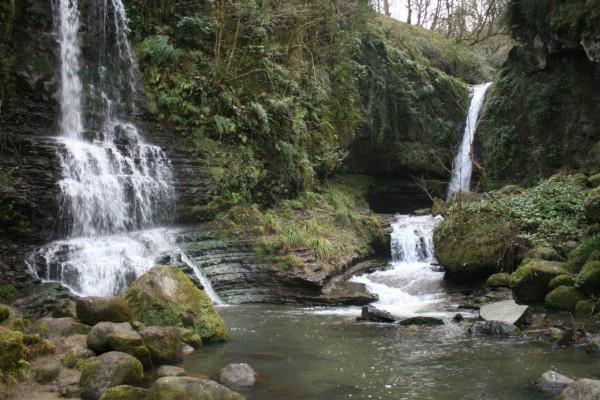 گزارش سفر به آبشار زمرد و قلعه صلصال- زمستان 94