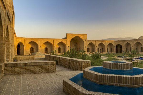 برنامه 9513-  گردهمایی سالیانه کانون گردشگران جوان ایران کاروانسرای دهنمک
