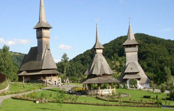 کلیساهای چوبی مارامورِش