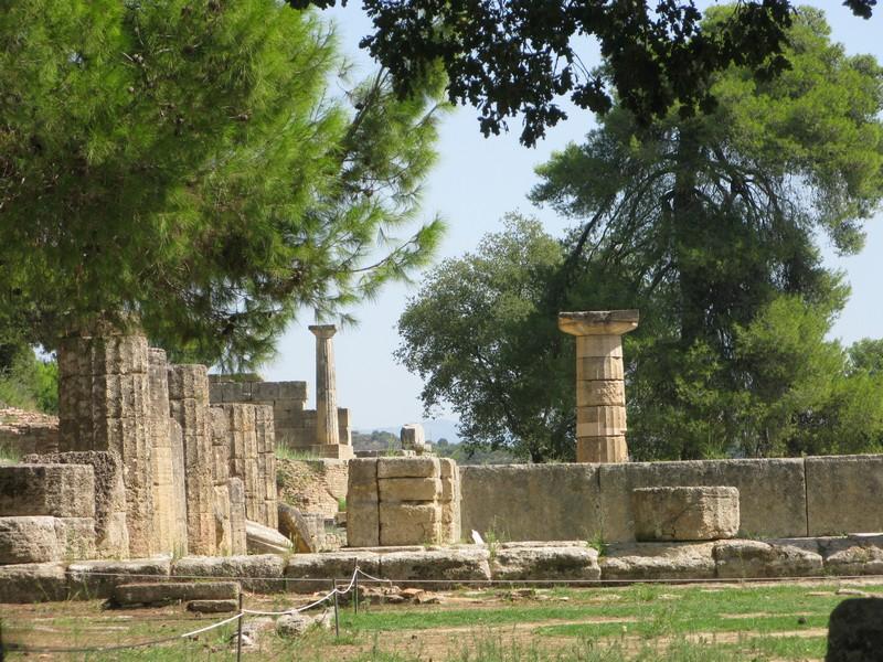 سایت باستان شناسی اُلیمپیا، افشین ایران پور، وفا ادیب