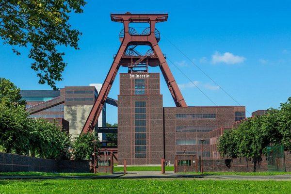 مجتمع صنعتی معدن ذغالسنگ زولورین در اِسِن