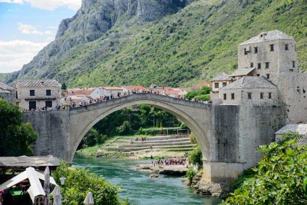 منطقهی پل قدیمی در شهر تاریخی مُستار