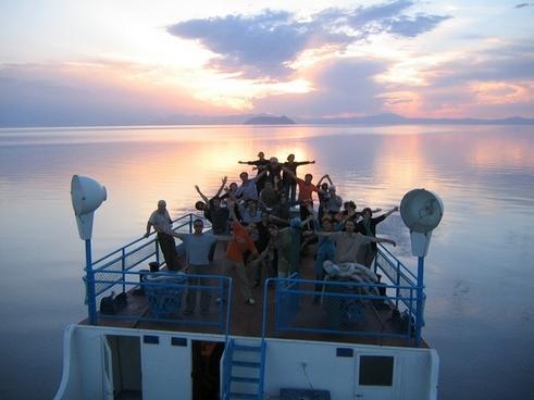 دور دریاچه ارومیه و جزیره کبودان